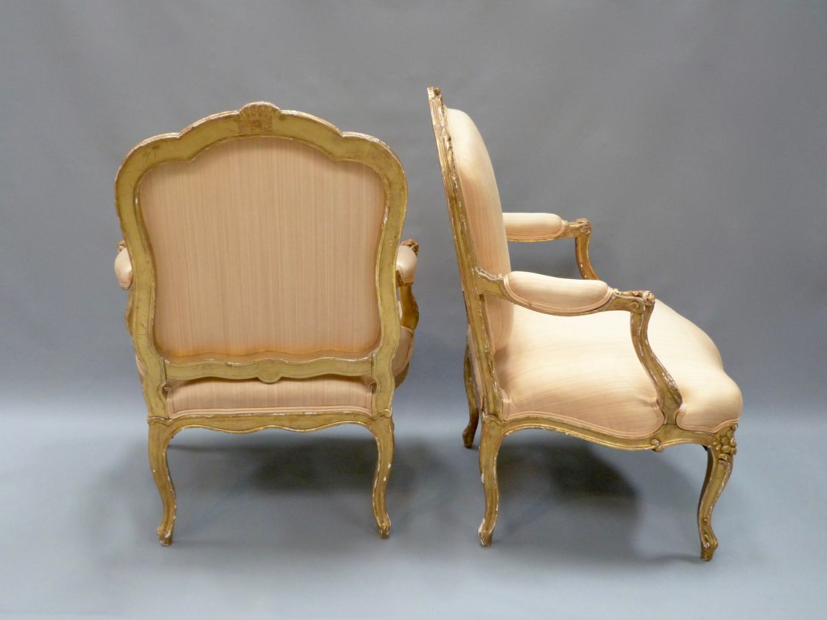 pair of carved giltwood louis xv style fauteuil a la reine. Black Bedroom Furniture Sets. Home Design Ideas