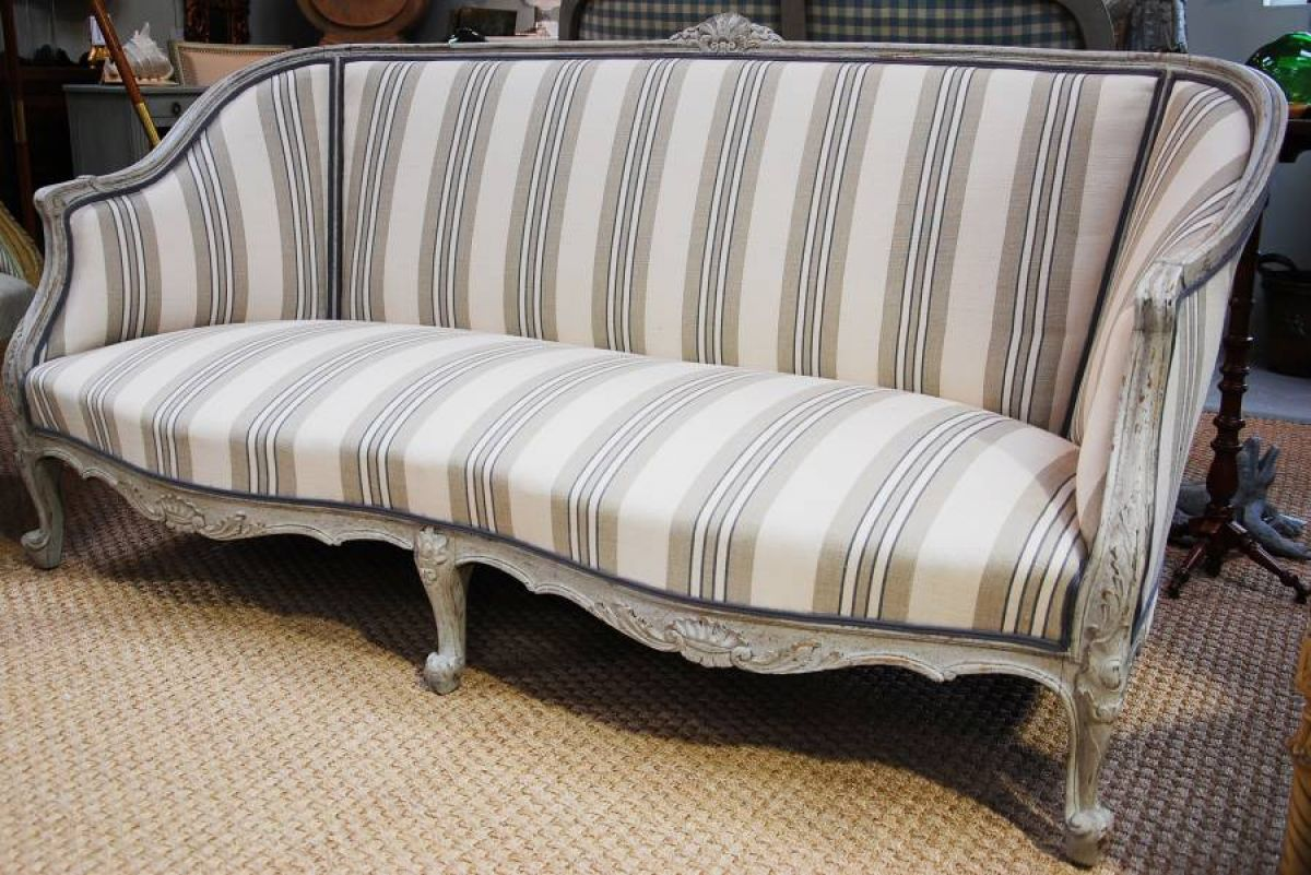Painted swedish sofa stock blanchard collective for Swedish sofa